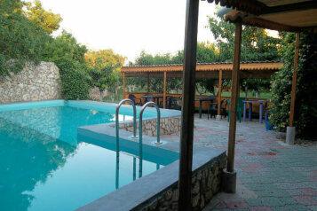 Садовый домик, 700 кв.м. на 12 человек, 9 спален, Куандинская, 23, Черноморское - Фотография 3