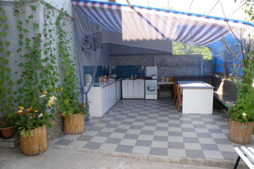 1 комнатный  2-х местный, Боевая улица, 21, Феодосия - Фотография 4
