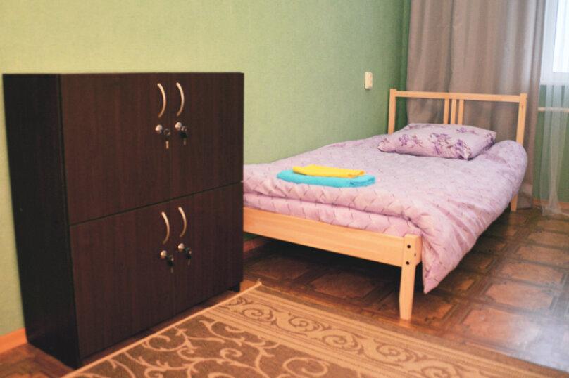 Общий 4-местный номер, проспект Ленина, 44, Владимир - Фотография 1