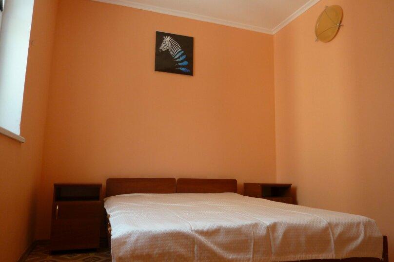 Сдам 2х этажный дом на берегу моря, 70 кв.м. на 5 человек, 2 спальни, улица Морская, 17, Мирный, Крым - Фотография 3