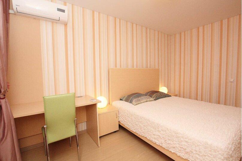 2-комн. квартира, 60 кв.м. на 5 человек, проспект Ленина, 38, Челябинск - Фотография 8