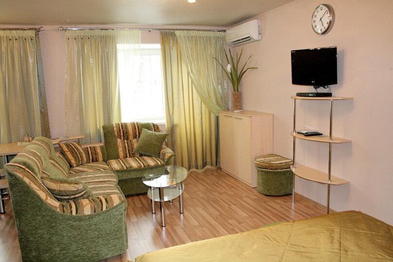 1-комн. квартира, 33 кв.м. на 4 человека, улица Малышева, 7, Екатеринбург - Фотография 2