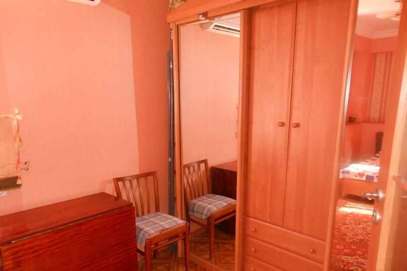 2-комн. квартира на 5 человек, улица Ленина, 39, Алушта - Фотография 17