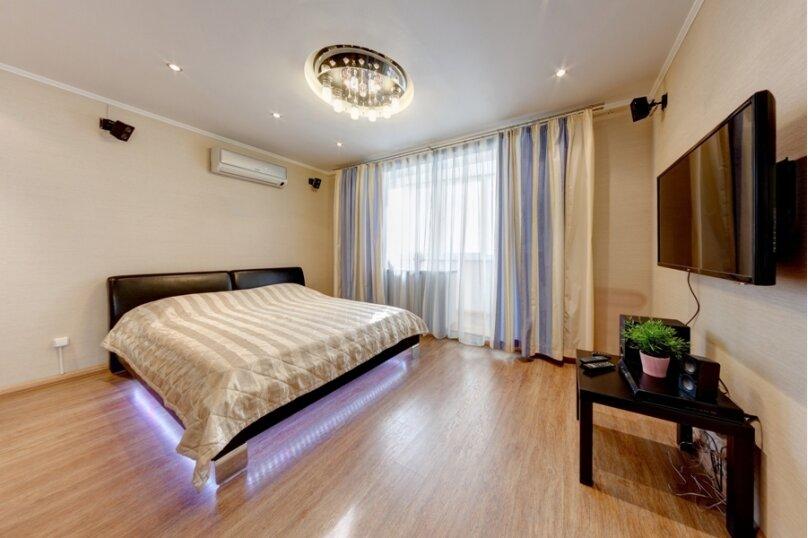 1-комн. квартира, 43 кв.м. на 4 человека, Российская улица, 167, Челябинск - Фотография 1