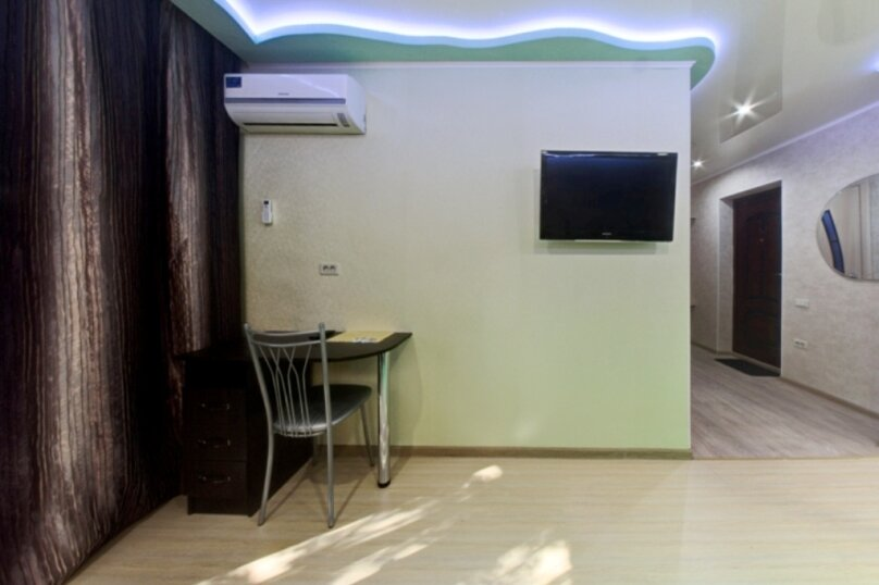 1-комн. квартира, 33 кв.м. на 2 человека, улица Евтеева, 6, Челябинск - Фотография 3