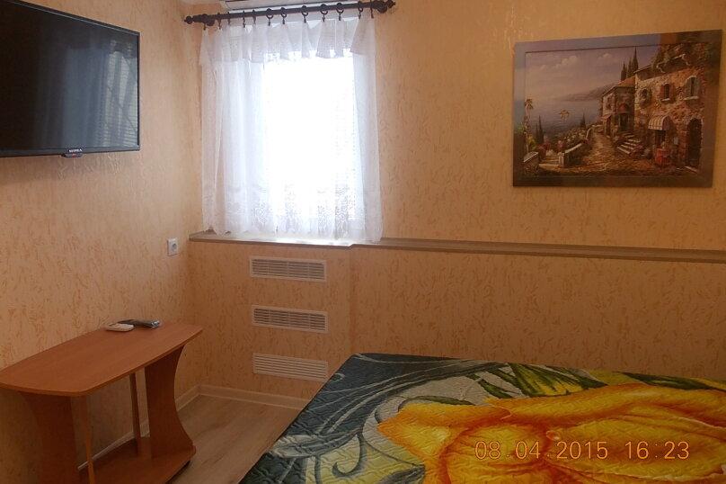 1-комн. квартира, 30 кв.м. на 3 человека, улица Нахимова, 72, Феодосия - Фотография 5