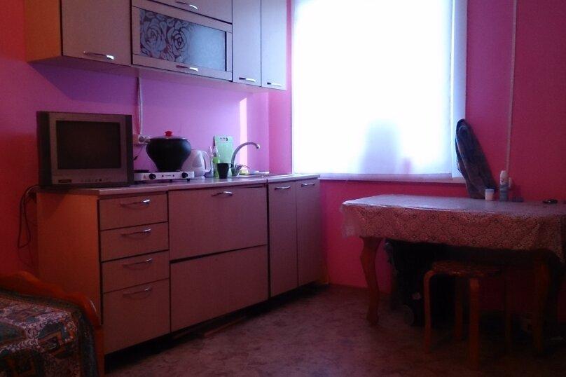 """Гостевой дом """"Розовая студия"""", Лазурная улица, 15 на 1 комнату - Фотография 13"""