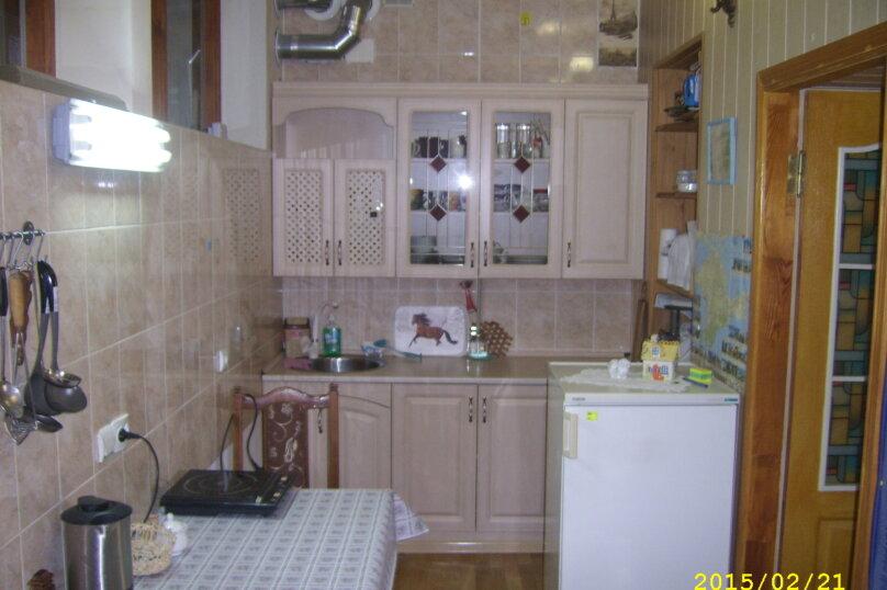 Сдам 2-комнатный дом у моря, 60 кв.м. на 9 человек, 2 спальни, Приморская улица, 10, Евпатория - Фотография 1