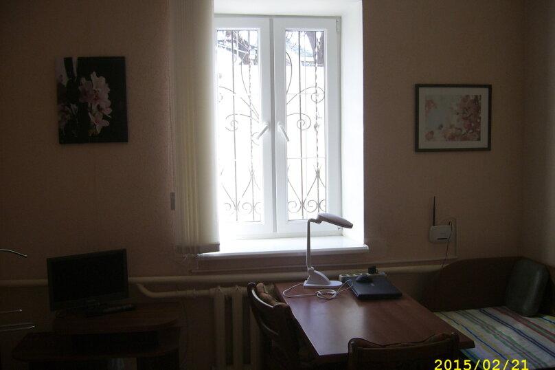 Сдам 2-комнатный дом у моря, 60 кв.м. на 9 человек, 2 спальни, Приморская улица, 10, Евпатория - Фотография 8
