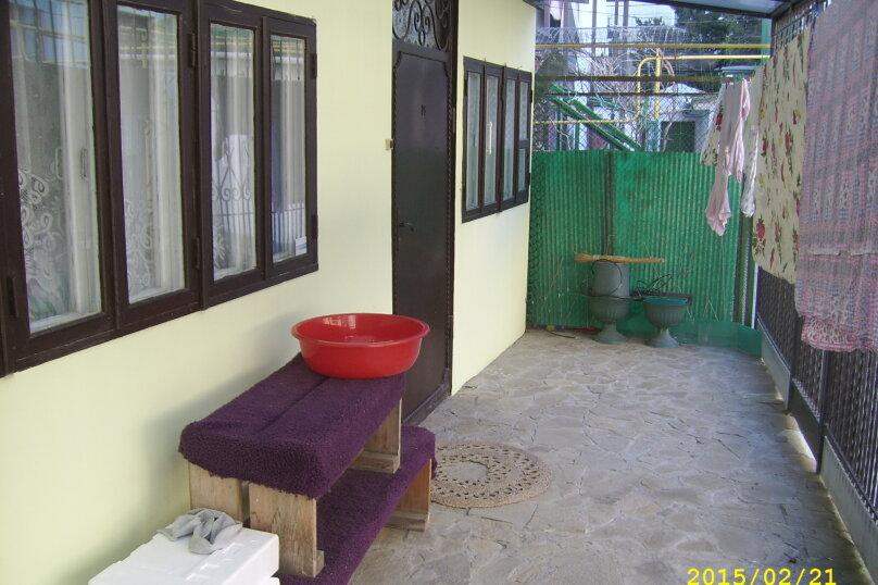 Сдам 2-комнатный дом у моря, 60 кв.м. на 9 человек, 2 спальни, Приморская улица, 10, Евпатория - Фотография 13