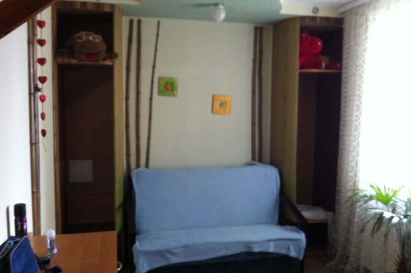 Отдельная комната, улица Подвойского, 9, Гурзуф - Фотография 2