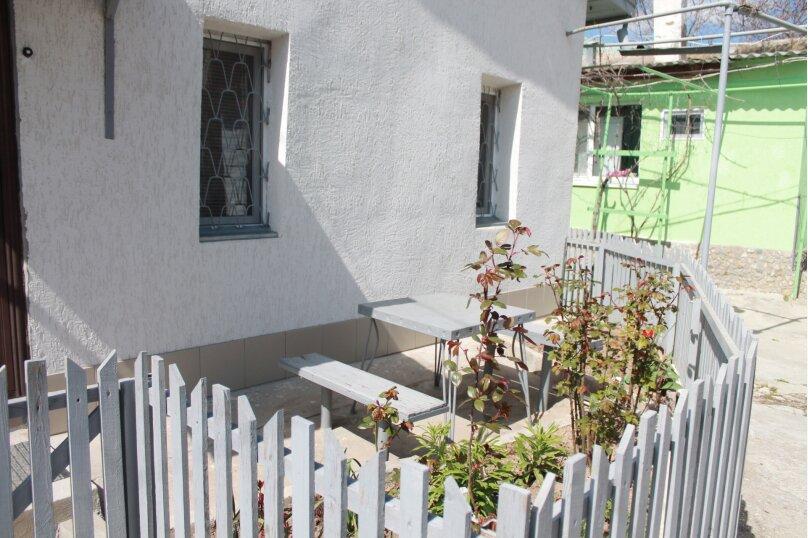Сдается однокомнатный домик, 30 кв.м. на 3 человека, 3 спальни, Пионерская улица, 14, Евпатория - Фотография 9