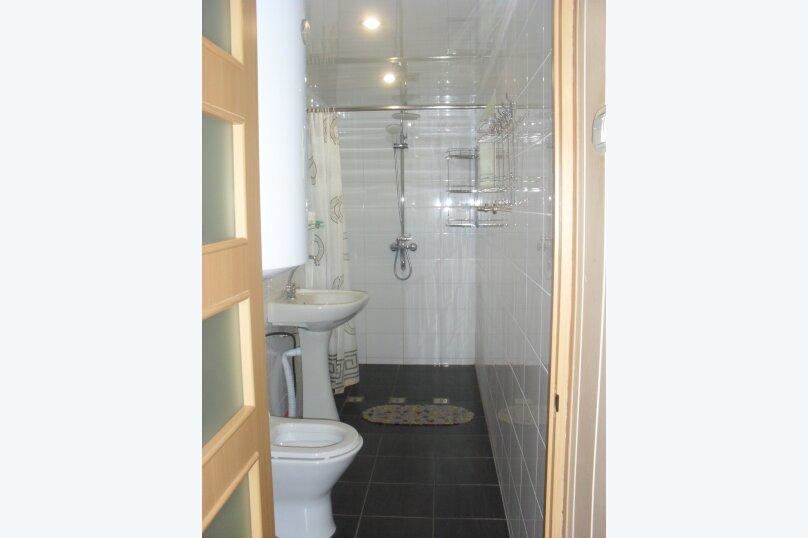 Дом, второй этаж - 2ком + веранда + кухня + СУ, улица Водовозовых, 18, Мисхор - Фотография 2