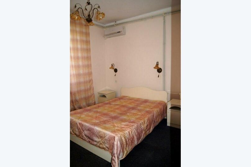 Двухкомнатный номер с удобствами, улица Лиманная, 12а, Витязево - Фотография 1