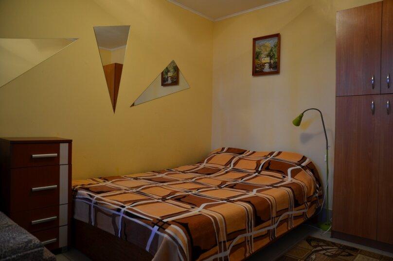 2-3х местный номер люкс 1-й этаж, Первомайский переулок, 4, Феодосия - Фотография 1
