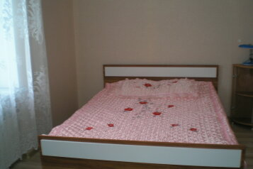 Дом на берегу моря, 70 кв.м. на 8 человек, 3 спальни, улица Революции, Евпатория - Фотография 2