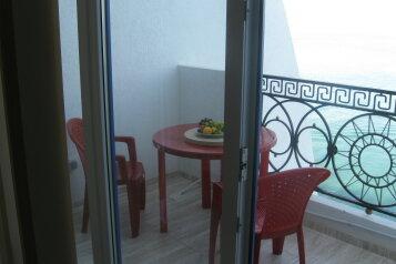 2-комн. квартира, 40 кв.м. на 4 человека, улица Авиаторов, Кача - Фотография 1