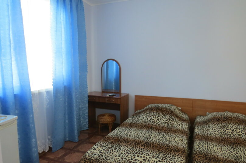 "Гостевой дом ""На Тургенева 44"", улица Тургенева, 44 на 15 комнат - Фотография 14"