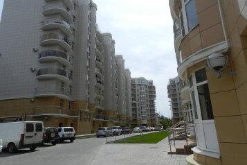 2-комн. квартира, 57 кв.м. на 4 человека, Тюльпанов , 41Е, Адлер - Фотография 1