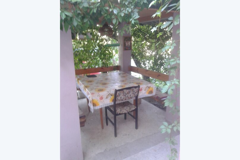 Приглашаем на отдых в Судак, 50 кв.м. на 4 человека, 2 спальни, улица Танкистов, 35, Судак - Фотография 4