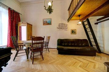 2-комн. квартира, 75 кв.м. на 8 человек, Большая Морская, Адмиралтейский район, Санкт-Петербург - Фотография 1
