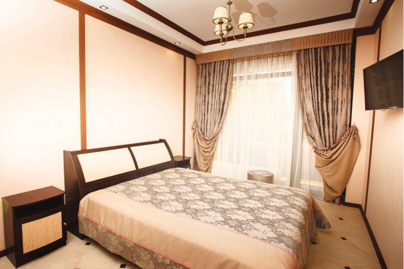 Отдельная комната, улица Павлика Морозова, 59А, Адлер - Фотография 1