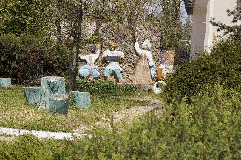 Дом на территории санатория, 60 кв.м. на 4 человека, 2 спальни, ал. Дружбы, 10, Заозерное - Фотография 5