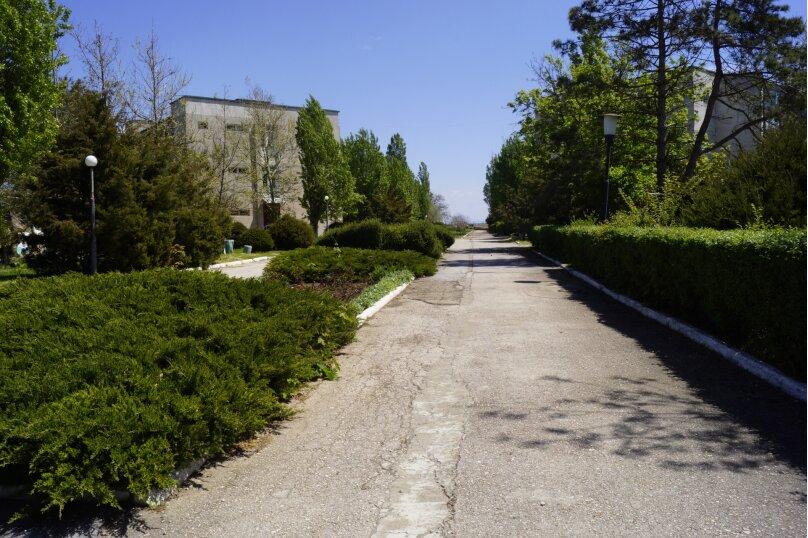 Дом на территории санатория, 60 кв.м. на 4 человека, 2 спальни, ал. Дружбы, 10, Заозерное - Фотография 8
