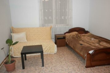1-но комнатный 4-х местный:  Номер, Эконом, 4-местный, 1-комнатный, Гостевой дом, улица Кирова, 63 на 5 номеров - Фотография 2