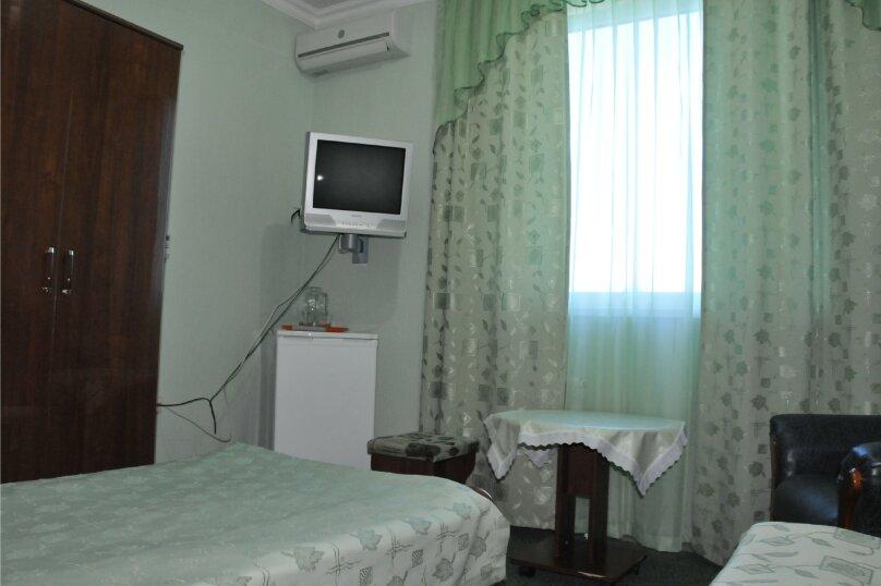 """Отель """"Ван"""", улица Калинина, 8 на 30 номеров - Фотография 36"""