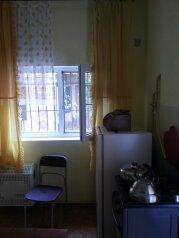 Мини-отель:  Номер, Полулюкс, 3-местный, 1-комнатный, Мини-отель, летняя, 3 на 20 номеров - Фотография 3