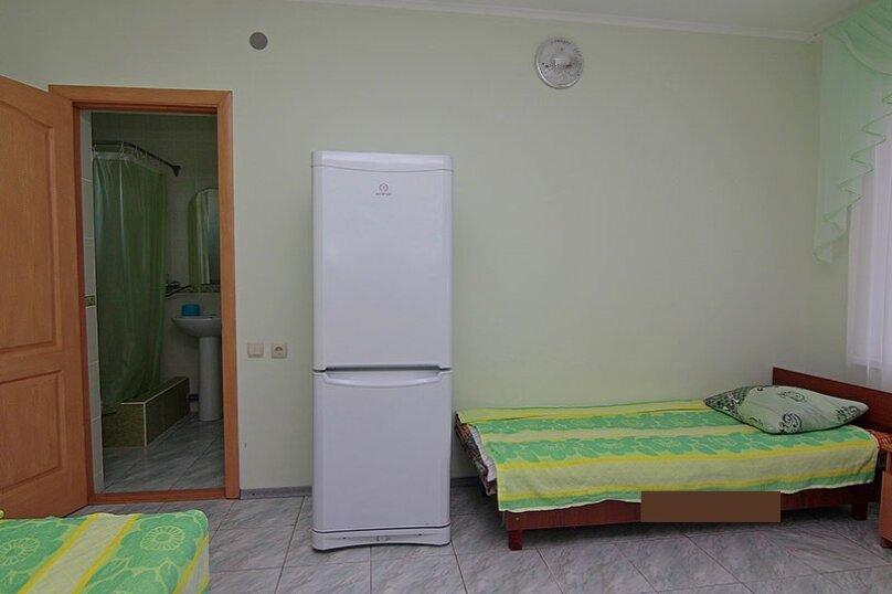 3х местный номер в гостинице, Ленина, 6, Песчаное - Фотография 2