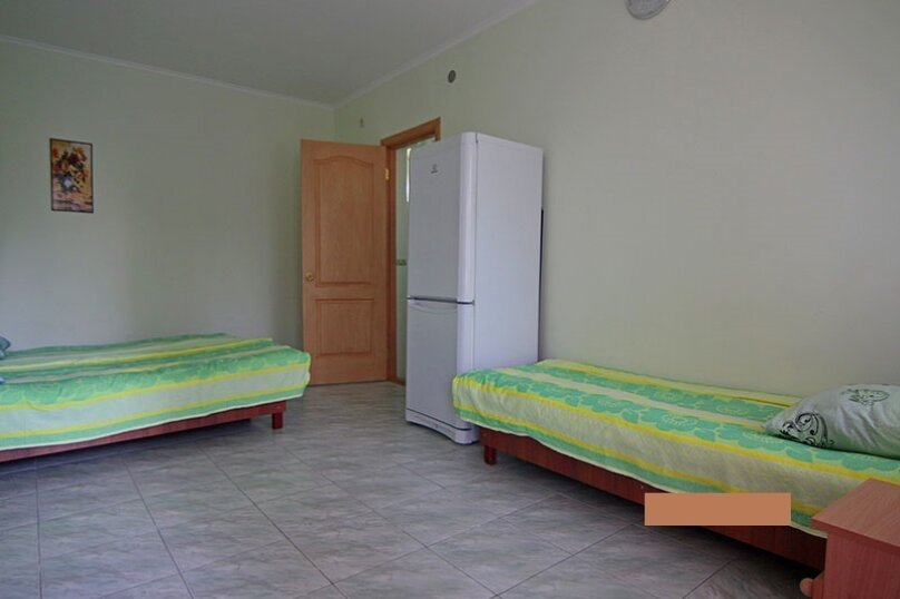 3х местный номер в гостинице, Ленина, 6, Песчаное - Фотография 1