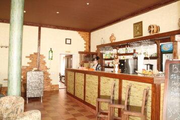 Гостиница, трасса Сызрань-Саратов-Волгоград, 1 на 55 номеров - Фотография 1