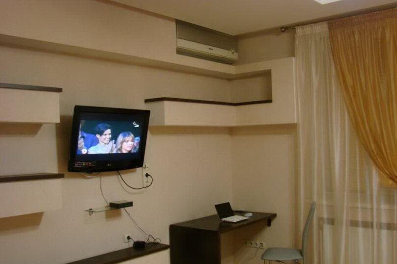 2-комн. квартира, 40 кв.м. на 4 человека, Большая Морская улица, 44А, Севастополь - Фотография 3