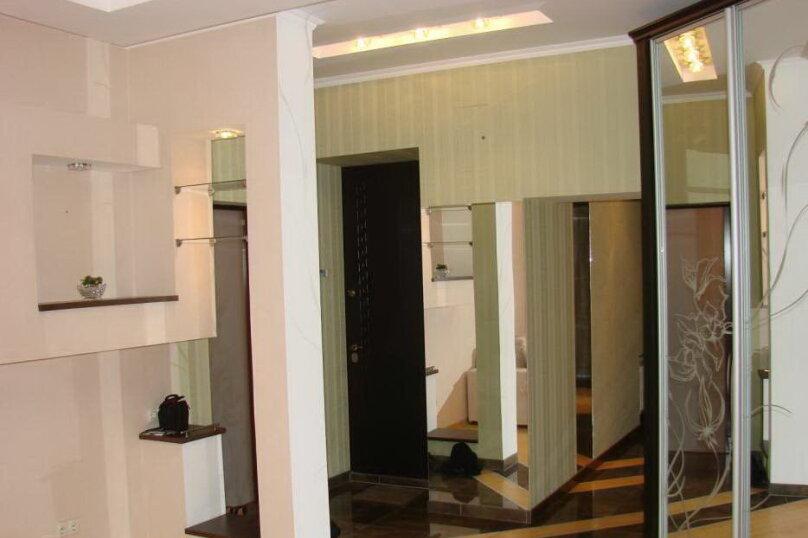 2-комн. квартира, 40 кв.м. на 4 человека, Большая Морская улица, 44А, Севастополь - Фотография 4