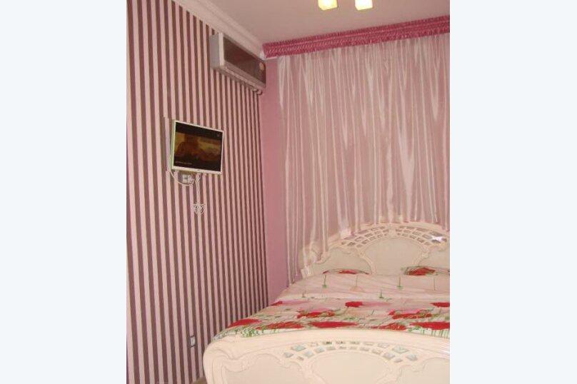 2-комн. квартира, 40 кв.м. на 4 человека, Большая Морская улица, 44А, Севастополь - Фотография 7