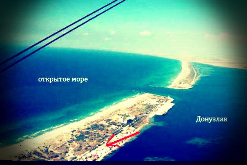 Сдам 2х этажный дом на берегу моря, 70 кв.м. на 5 человек, 2 спальни, улица Морская, 17, Мирный, Крым - Фотография 1