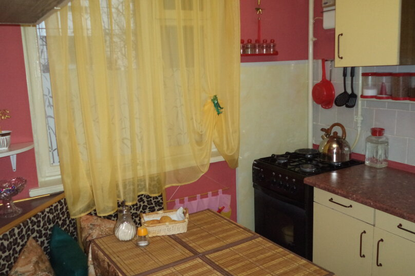 1-комн. квартира на 4 человека, улица Ленина, 4а, поселок Орджоникидзе, Феодосия - Фотография 5