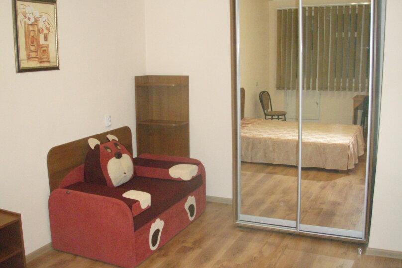 1-комн. квартира, 33 кв.м. на 3 человека, улица Меньшикова, 27, Севастополь - Фотография 7