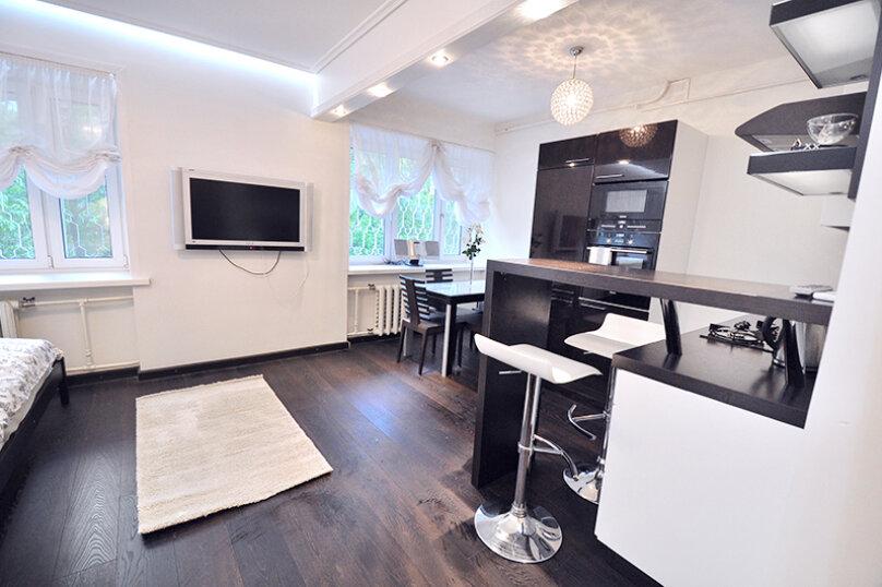 1-комн. квартира, 35 кв.м. на 2 человека, Карманицкий переулок, 5, метро Смоленская, Москва - Фотография 1