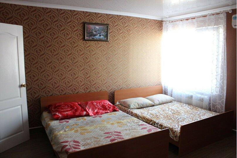 """Мини-гостиница """"На Октябрьской 136"""", Октябрьская улица, 136 на 3 номера - Фотография 33"""