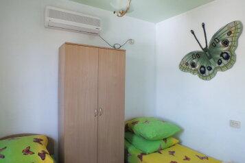 Двухкомнатный коттедж, 80 кв.м. на 5 человек, 2 спальни, Тихая, 13, поселок Орджоникидзе, Феодосия - Фотография 3