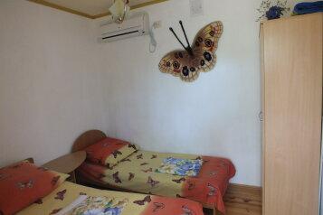 Двухкомнатный коттедж, 80 кв.м. на 5 человек, 2 спальни, Тихая, 13, поселок Орджоникидзе, Феодосия - Фотография 4