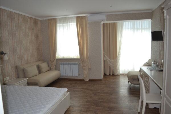 Мини-отель, улица Караева, 16 на 6 номеров - Фотография 1