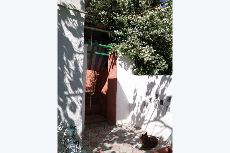 Сдаю дом   под   ключ, 45 кв.м. на 6 человек, 2 спальни, Таврическая улица, 12, Алушта - Фотография 19