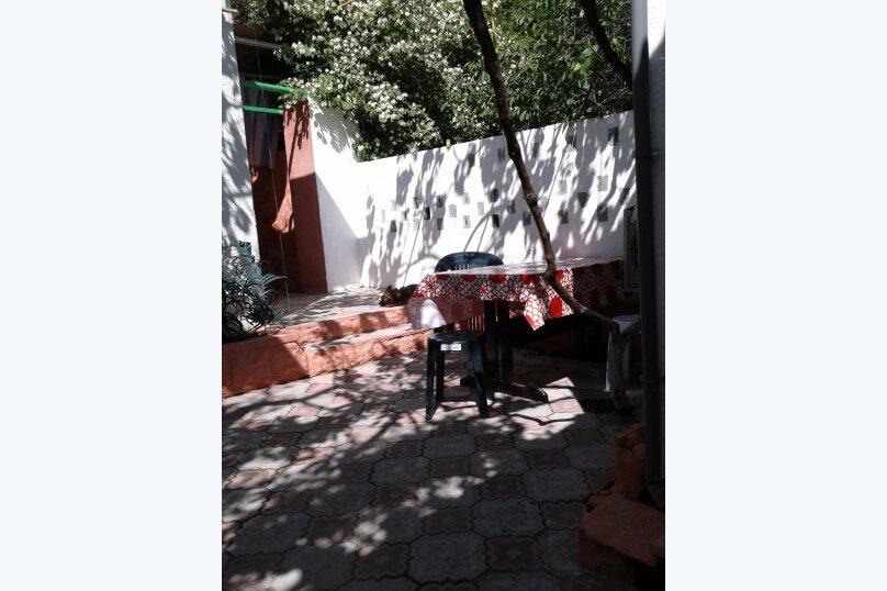 Сдаю дом   под   ключ, 45 кв.м. на 6 человек, 2 спальни, Таврическая улица, 12, Алушта - Фотография 20