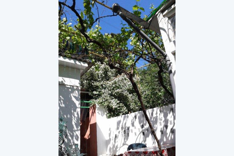 Сдаю дом   под   ключ, 45 кв.м. на 6 человек, 2 спальни, Таврическая улица, 12, Алушта - Фотография 22