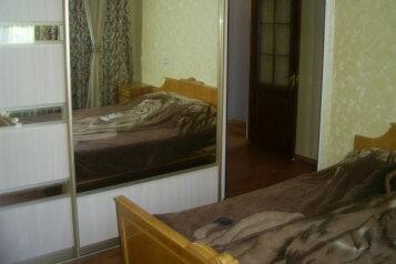 1-комн. квартира, 33 кв.м. на 4 человека, улица Гоголя, Севастополь - Фотография 1