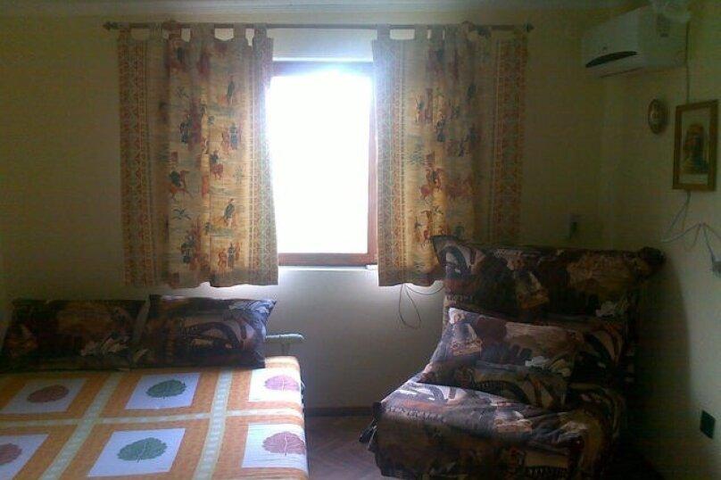 Сдам  уютные домики, 18 кв.м. на 4 человека, 1 спальня, улица Батурина, 18Б, Ливадия, Ялта - Фотография 1